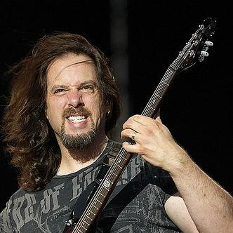 Picture of John Petrucci