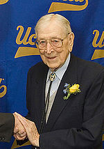 John Wooden quotes, quotations, sayings and pictures quotes
