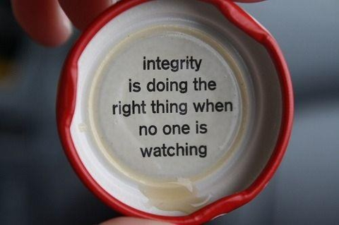 Watch quote Integrity is doing the right thing when no one is watching.
