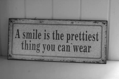 Wearing a mask quote A smile is the prettiest thing you can wear.
